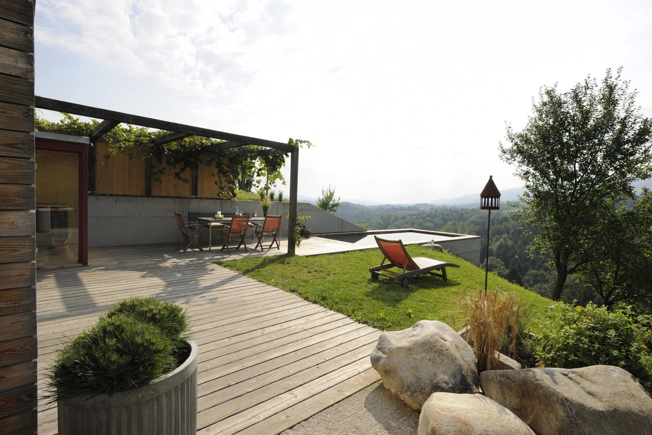 Luxus Ferienhaus Österreich Terrasse