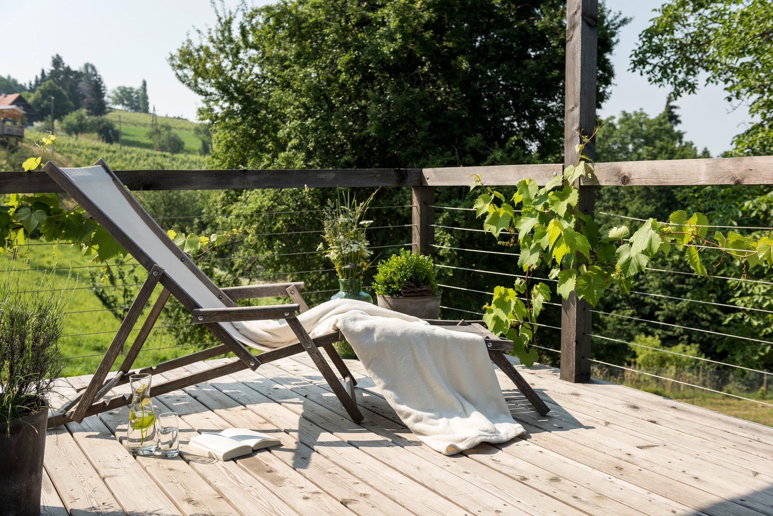 weinstoeckl-sausal-terrasse-02